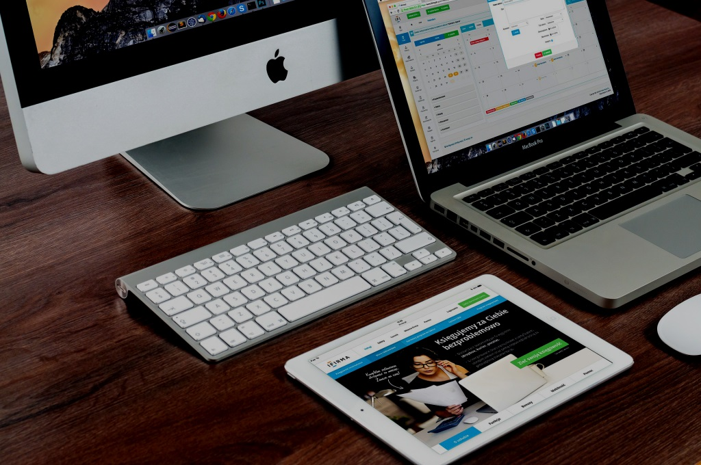Grafica personalizzata, template responsive, siti professionali